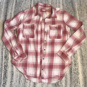 HOLLISTER Red/White/Blue Plaid Button Down Size XS